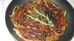 Potato cake with rosemary_reduced image
