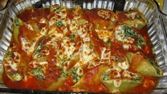 Baked stuffed shells_reduced image