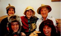 Buzz,Wendy,Janet,Dad,Jude1998001