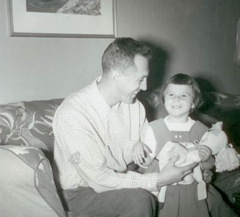 Janet(3)&Dad1955001