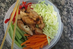 Vietnamese glass noodle salad with chicken to travel_reduced image