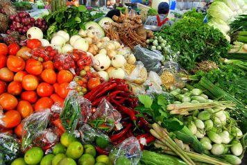 Thai_market_vegetables_01